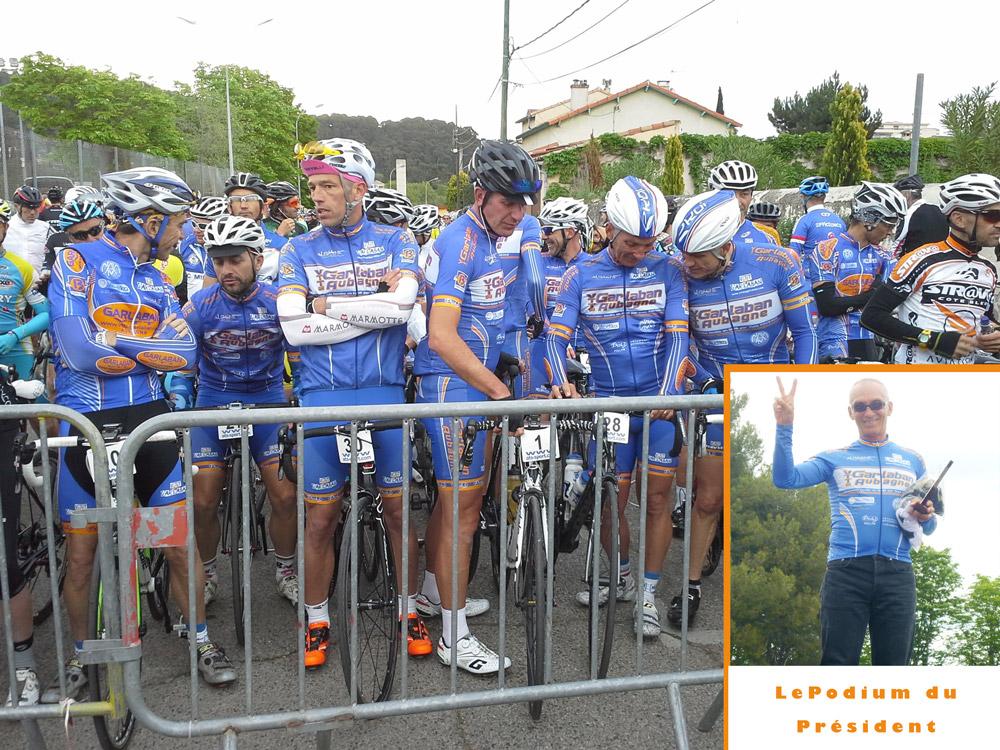 Carton bleu sur la cyclo La Provençale.